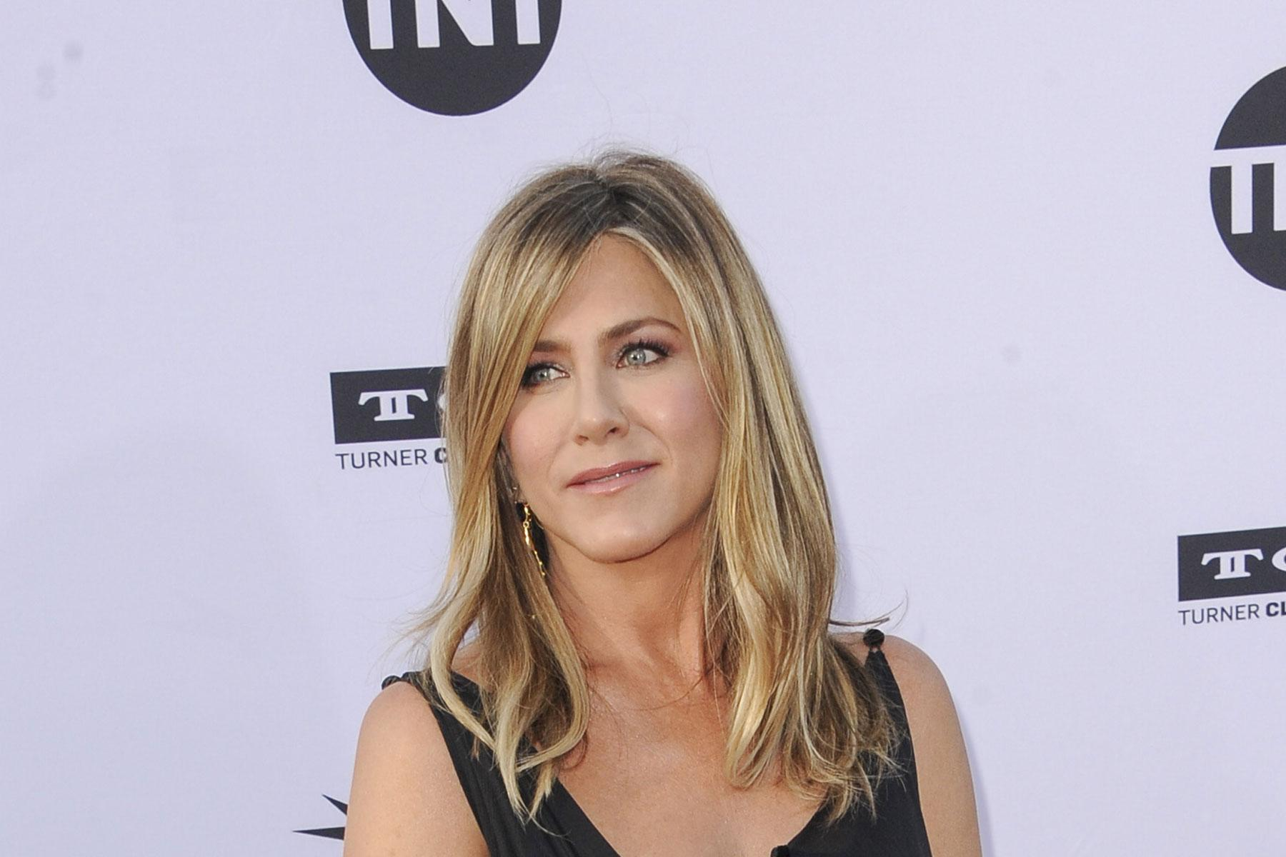 Jennifer Aniston - 11/02 (Foto: WEEN)
