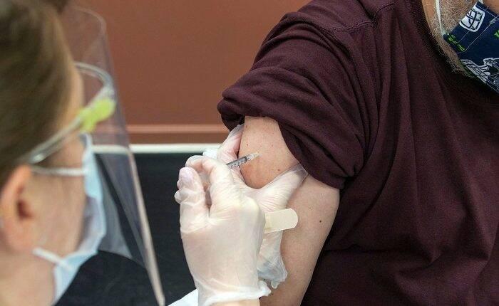 O Ministério da Saúde divulgou o plano com a ordem dos grupos prioritários da vacinação contra a Covid-19. (Foto: Unsplash)