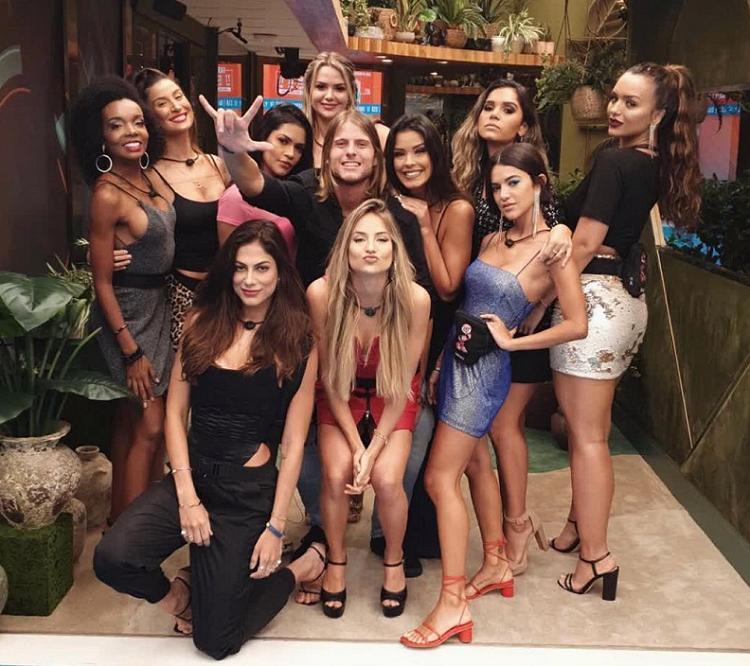 A empresária aproveitou a primeira festa do BBB 20 para publicar um vídeo e enaltecer as festas da edição passada. (Foto: Instagram/ @bianca)