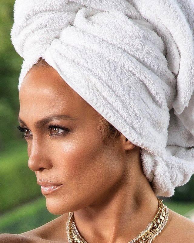 Segredos de Jennifer Lopez: Tirar a maquiagem (Foto: JLo / Instagram)
