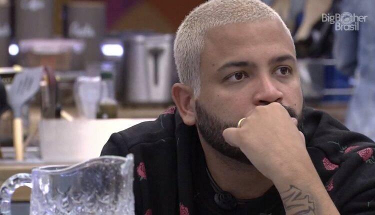 O rapper é aliado de Karol Conká, Lumena, Pocah e Arthur (Foto: Reprodução/Globo)