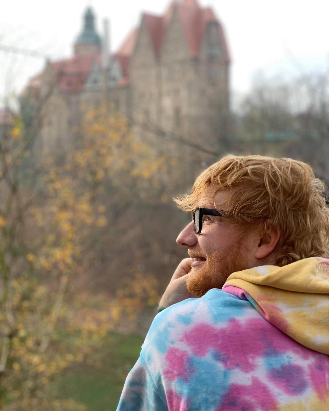 """Ed escreveu 120 músicas durante 3 anos, enquanto criava o álbum """"X"""". 17 canções entraram na versão finalizada do disco. (Foto: Instagram/ @teddysphotos)"""