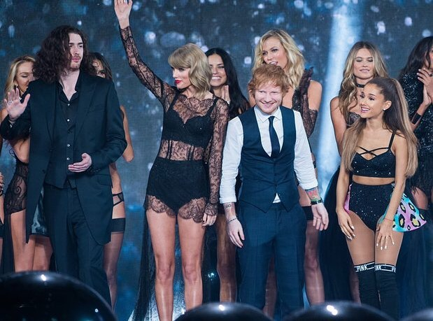 Ed e Taylor Swift são grandes amigos! (Foto: Instagram/ @teddysphotos)