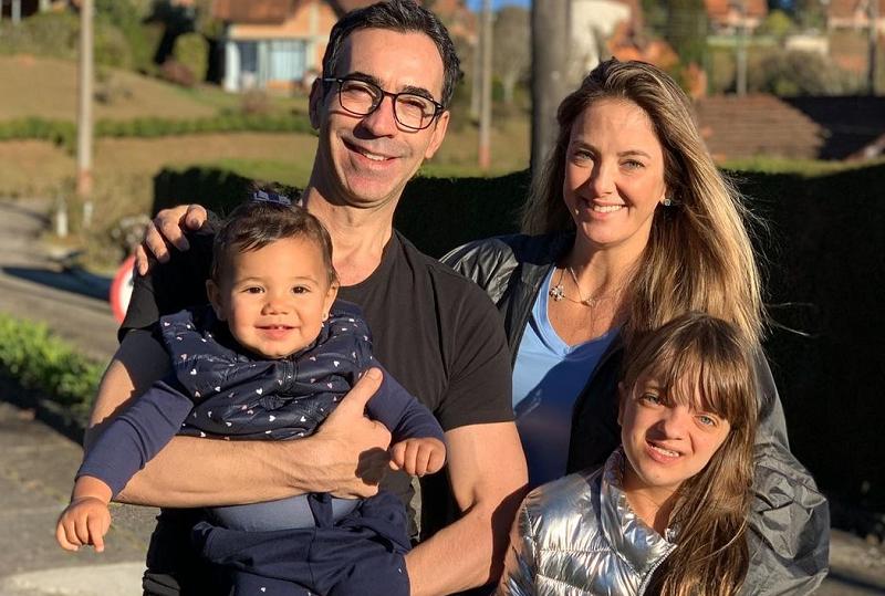 Ticiane Pinheiro usou as redes sociais para comemorar os 7 anos juntos do marido, Cesar Tralli. (Foto: Instagram/ @ticipinheiro)