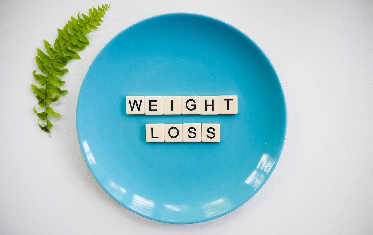 4. Comer de tudo, mas pouca quantidade - O corpo precisa de todos os nutrientes e dietas que proíbem completamente os carboidratos fazem com que o peso aumente novamente pouco tempo depois. Assim, as melhores dicas são: (Foto: Pexels)