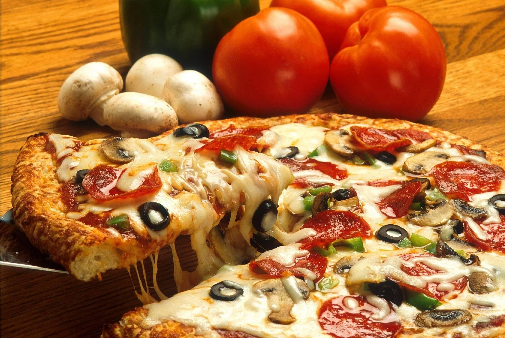 Pizza com massa de aveia: (Foto: Pexels)