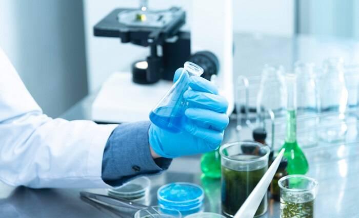 A Agência Europeia de Medicamentos chegou à conclusão que a vacina de Oxford-AstraZeneca é segura e eficaz contra o Coronavírus. (Foto: Pexels)