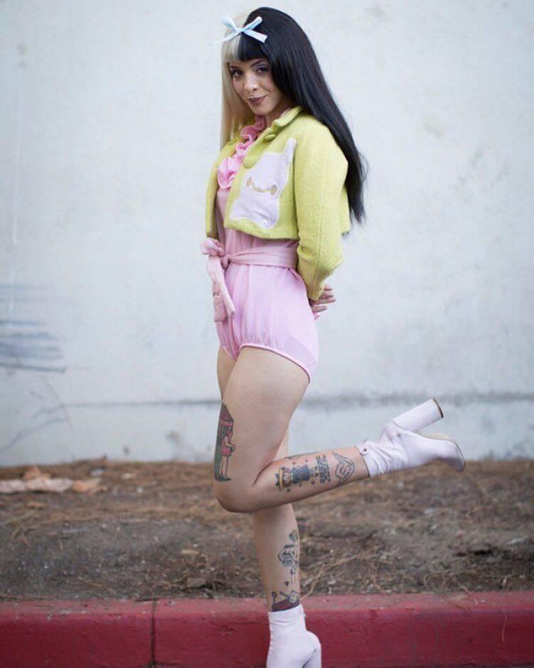 A cantora adora combinar cores inusitadas (Foto: Reprodução/ Pinterest)