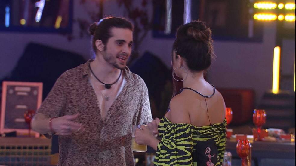O brother elogiou a beleza da paraibana (Foto: Reprodução/Globo)