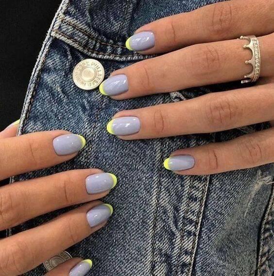 As francesinhas coloridas fazem sucesso nas unhas das mulheres. (Foto: Reprodução/ Pinterest)