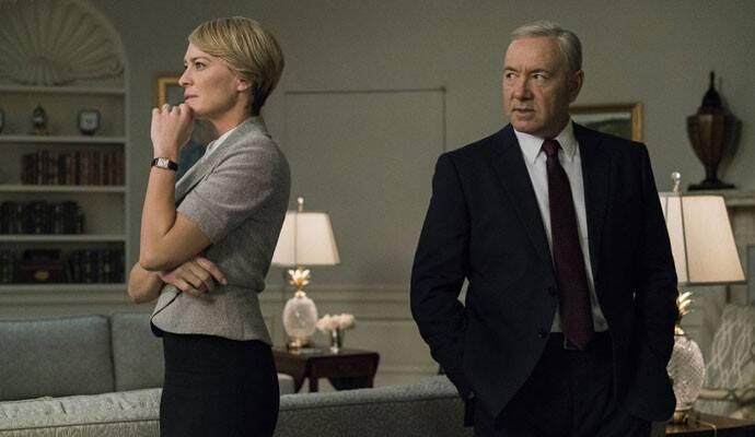 House Of Cards - Esse drama político é uma das séries de maior sucesso da plataforma de streaming, Netflix. Nele vemos um casal lutar com muita garra para conseguir a presidência dos Estados Unidos (Foto: Divulgação)
