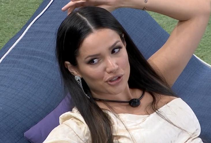 Juliette refletiu sobre suas opções de voto do último domingo, 11. (Foto: Reprodução/ Globo)