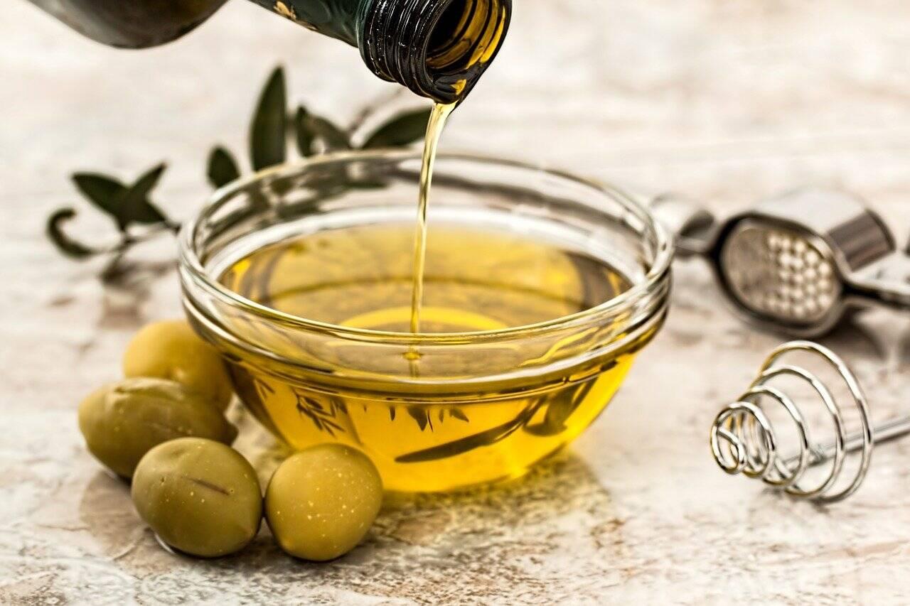 As gorduras boas do azeite fazem bem a saúde (Foto: Pixabay)