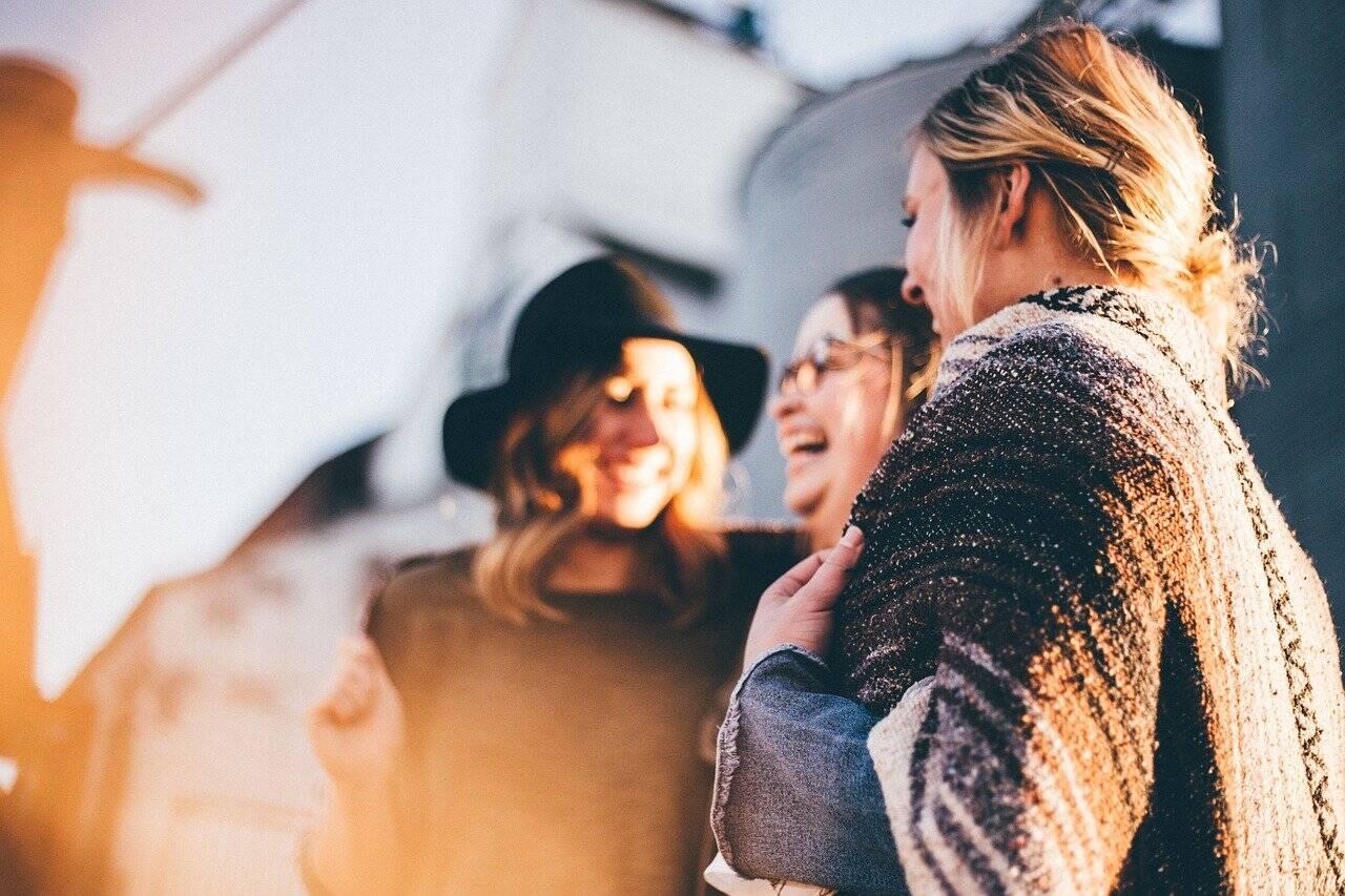 O pó de guaraná estimula a produção dos hormônios dopamina e serotonina, que estão ligados ao aumento da sensação de bem estar, melhorando o humor (Foto: Pixabay)