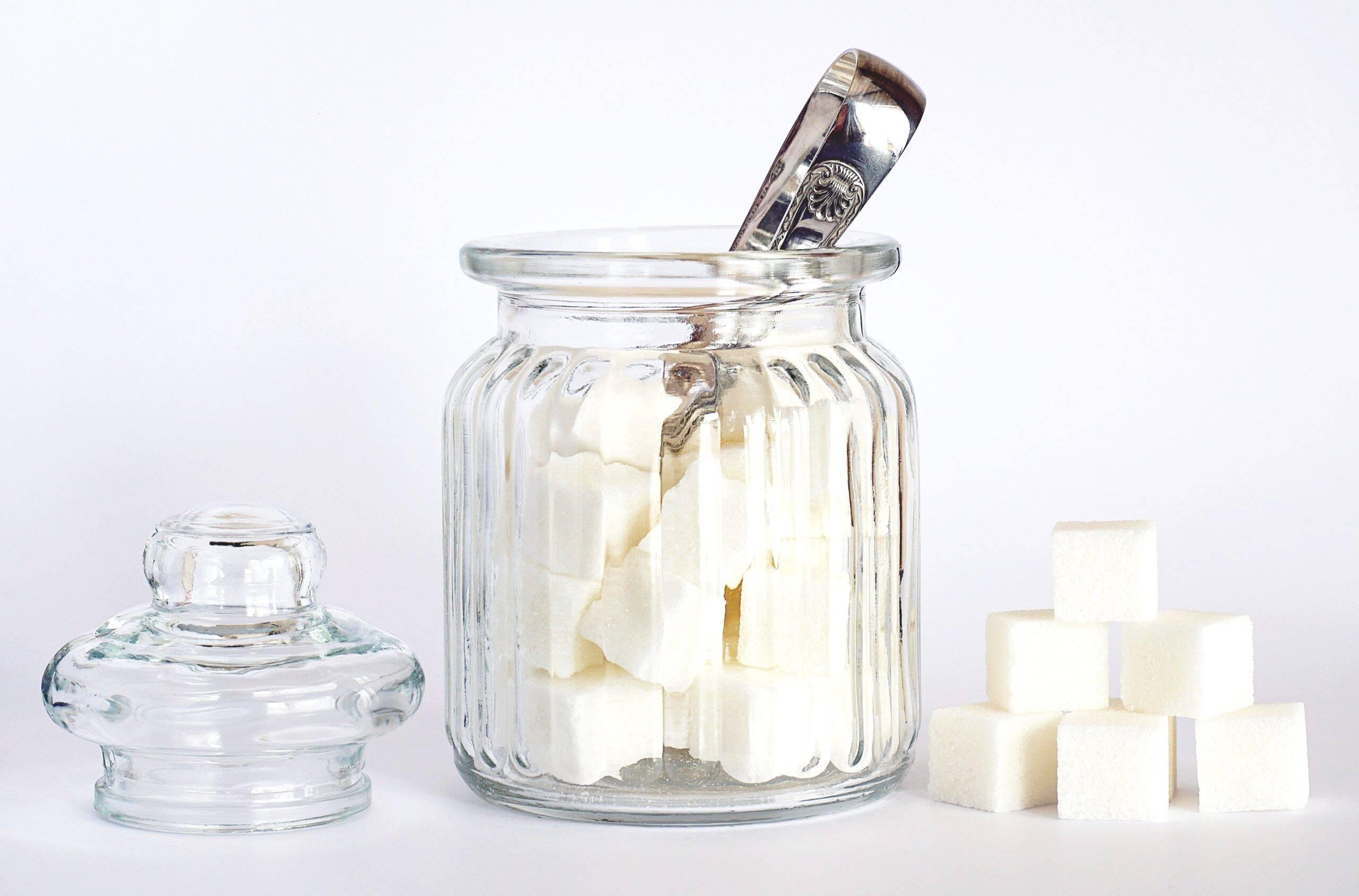 Um ótimo benefício do açúcar de coco é que por ele não ser processado. (Foto: Pexels)