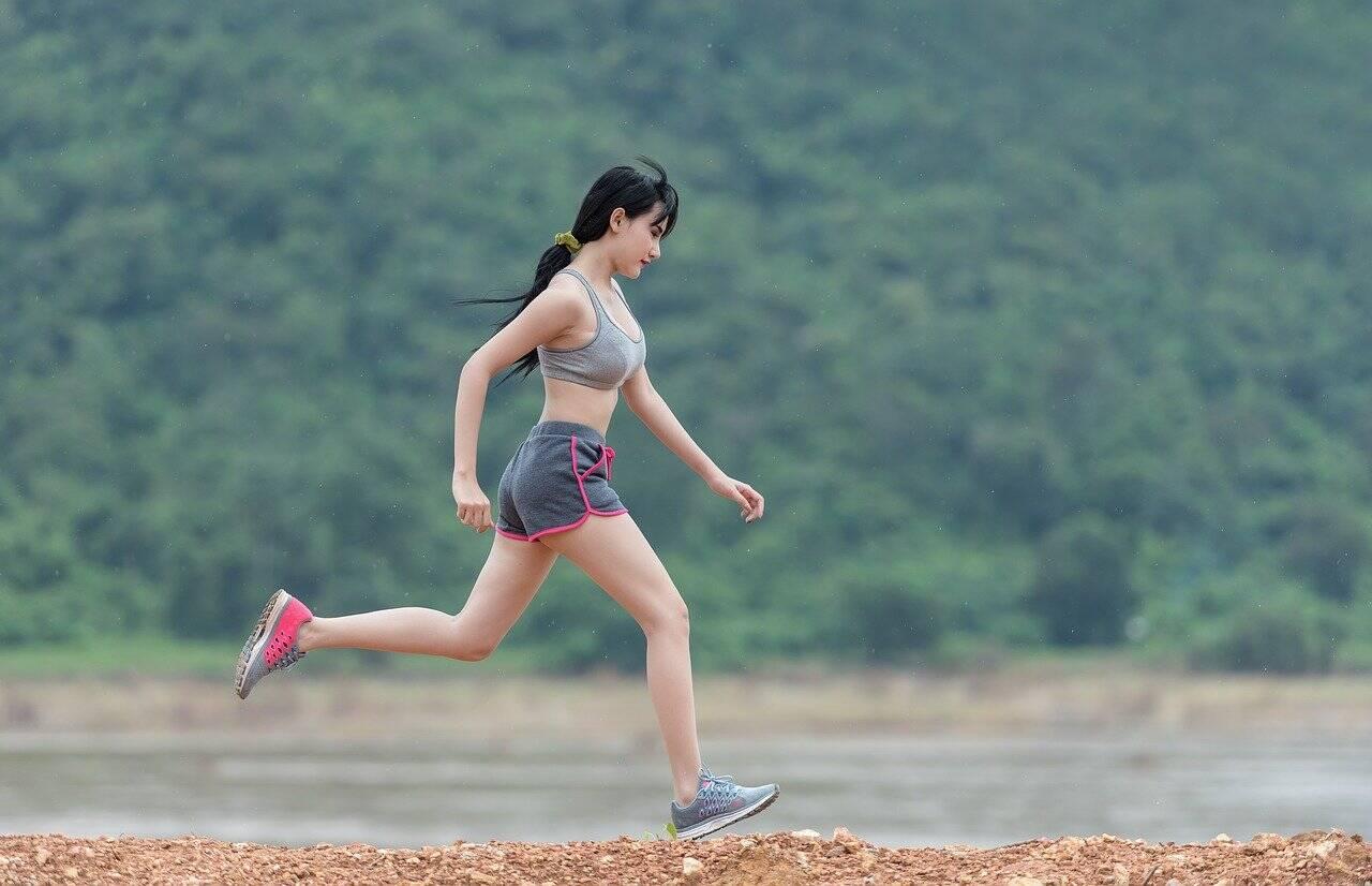 Pratique exercícios físicos frequentes (Foto: Pixabay)