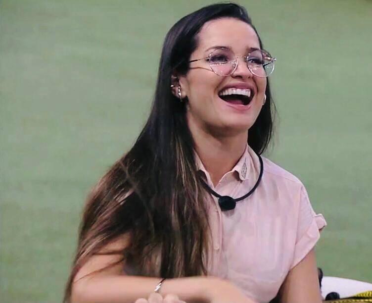Juliette veio a público para justificar a sua ausência nas redes sociais (Foto: Globo)