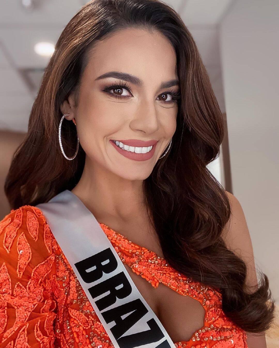 A candidata e Miss Brasil, Julia Gama, ficou em segundo lugar na competição de beleza. (Foto: Instagram/ @juliawgama)