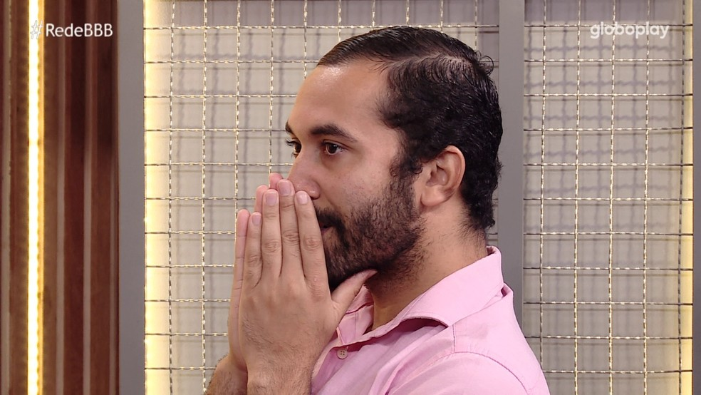 Gilberto também viu os números altos nas votações para Eliminação no BBB21 e comentou as rejeições de outros brothers: (Foto: Globo)