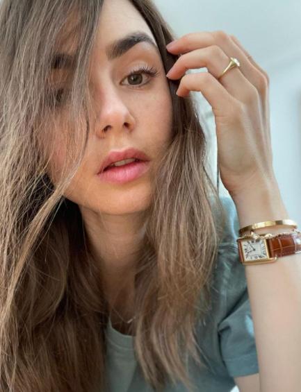 A atriz não se envolve em polêmicas pela web (Foto: Instagram/ @lilyjcollins)