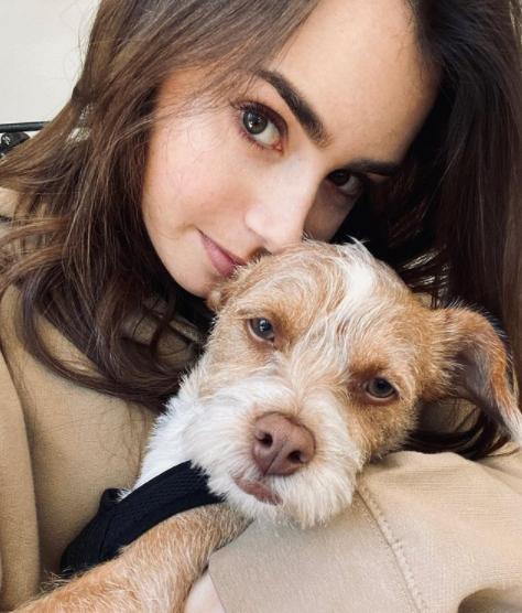 Lily chama atenção pela sua beleza (Foto: Instagram/ @lilyjcollins)