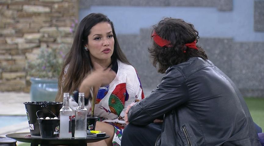 quando a advogada resolveu comentar sobre a sua quebra de aliança com a ex-bbb Sarah Andrade. (Foto: Reprodução/ Globo)
