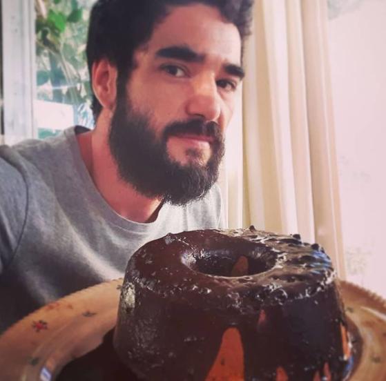 Caio conta com milhares de seguidores em suas redes sociais (Foto: Instagram/ @caio_blat)