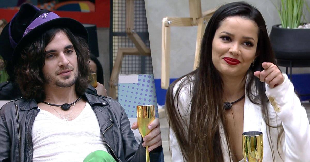 e a maquiadora mencionou uma delas enquanto conversava com o brother. (Foto: Reprodução/ Globo)