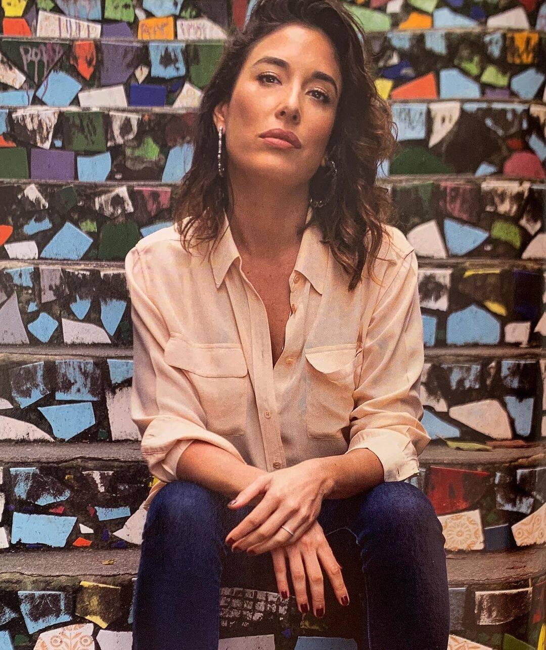 A atriz, conhecida por atuar em novelas como Esperança, Começar de Novo e Bela, a Feia, nasceu no México — mais precisamente, na capital, a Cidade do México. (Foto: Instagram/@gitie)