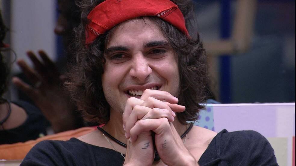 E de seu pai, o cantor Fábio Jr (Foto: Reprodução/Globo)