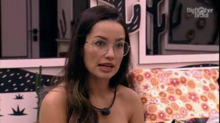 """A paraibana brincou que se perguntarem sobre o cantor ela dirá: """"Eu gosto do Fiuk e odeio Seu Fiuk"""". (Foto: Reprodução/ Globo)"""