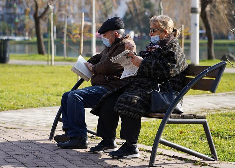 Os idosos que foram vacinados contra a Covid-19 já apresentam os primeiros resultados positivos da imunização contra o vírus. (Foto: Pixabay)