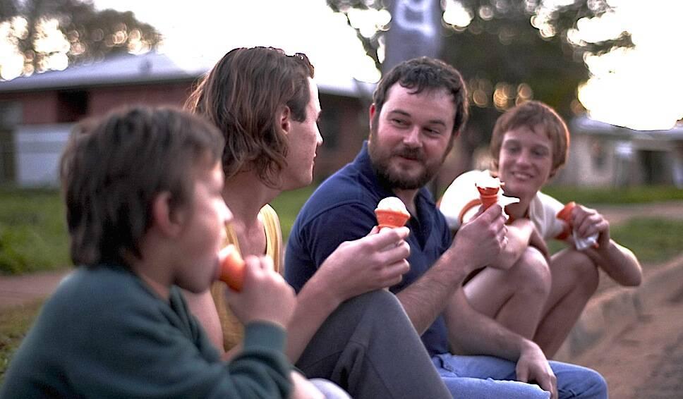 """""""Os Crimes de Snowtown"""" - Baseado em um caso real, o filme apresenta a história de três assassinos australianos que foram pegos após cometerem crimes violentos e brutais. (Foto: Divulgação)"""