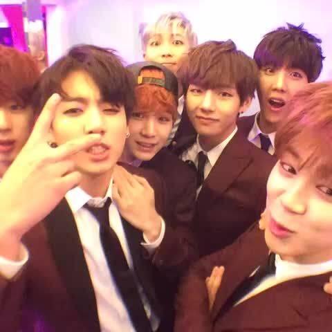 Os fãs do BTS não brincam em serviço (Foto: Pinterest)