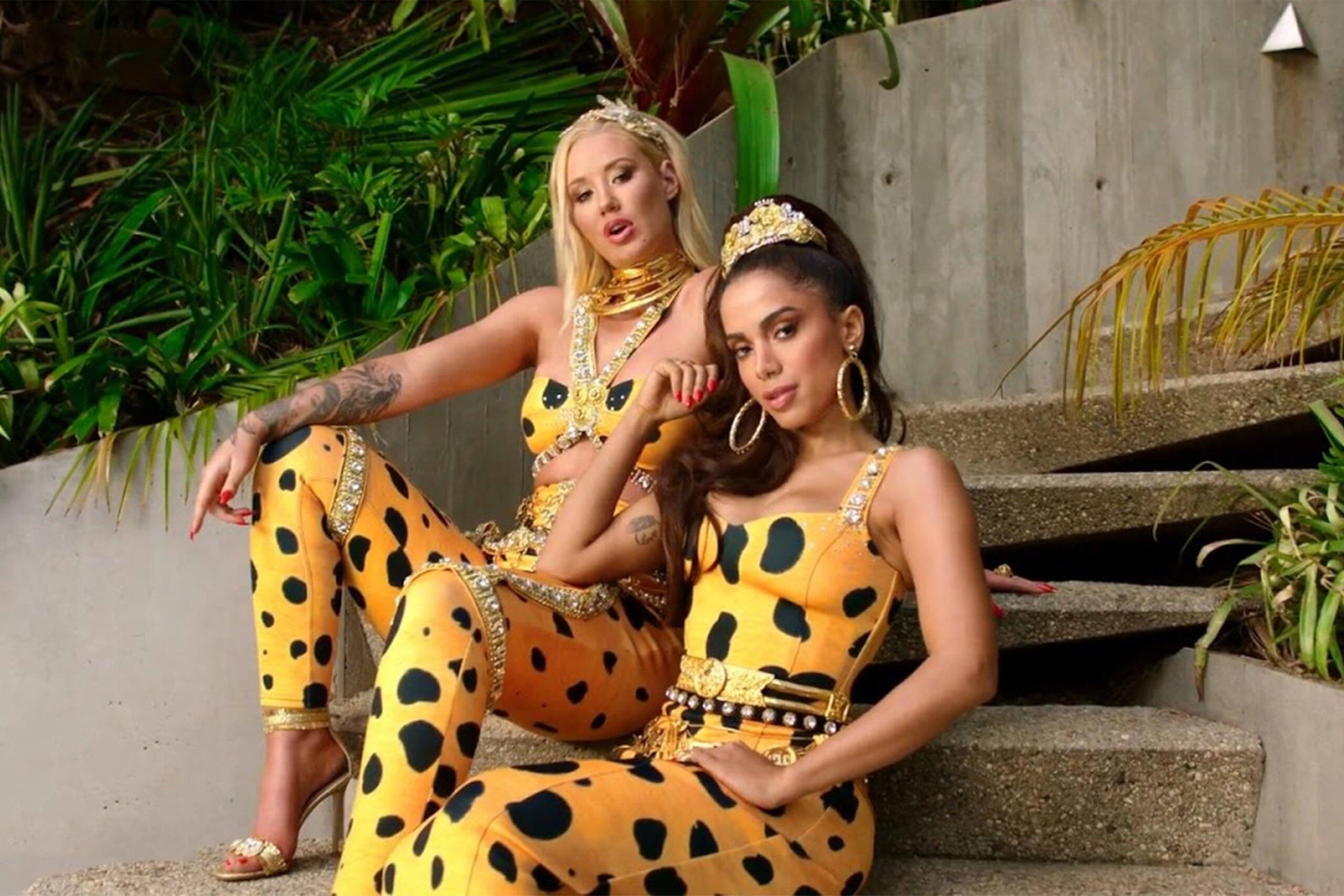 Com apenas 28 anos, a jovem acumula parcerias com astros como como Madonna. Ela também já cantou com Cardi B, Maluma, Iggy Azalea e Major Lazer. (Foto: YouTube)