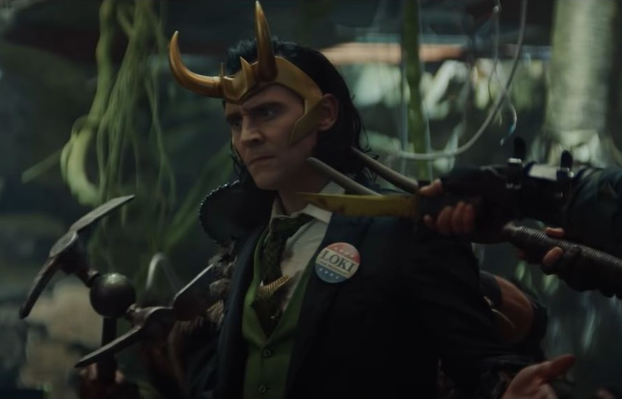 O sucesso de audiência dos primeiros episódios de 'Loki' fez a plataforma repensar a estratégia de lançamento de suas produções originais. (Foto: Divulgação)