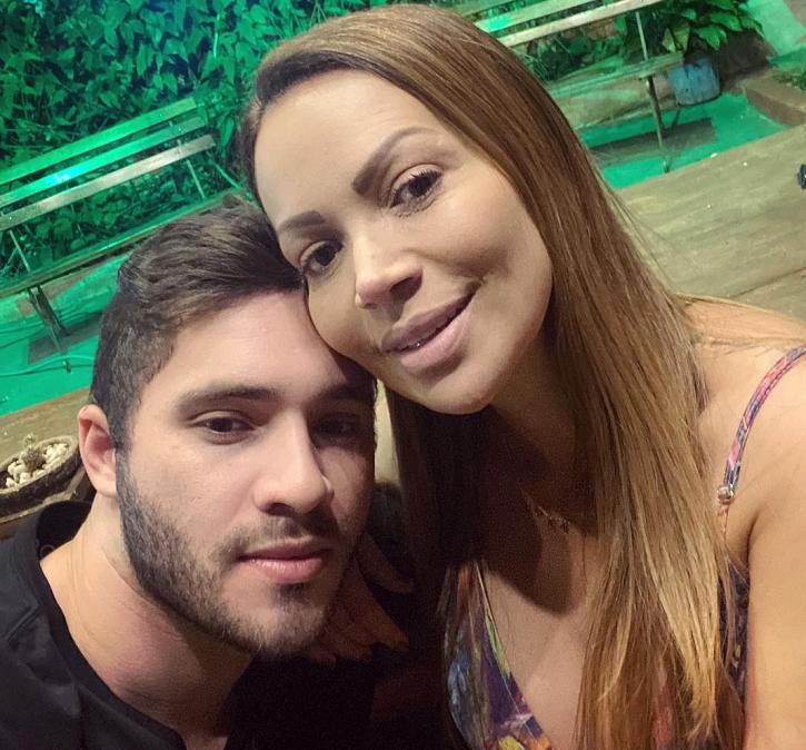 Solange Almeida e Monilton Moura têm uma diferença de idade de 16 anos. (Foto: Instagram)