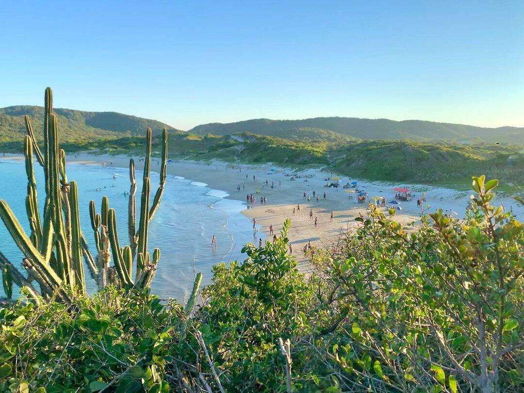 Cabo Frio é um dos destinos mais baratos da região, que também inclui Arraial do Cabo, Búzios, São Pedro da Aldeia, Araruama e Saquarema. (Foto: Instagram)
