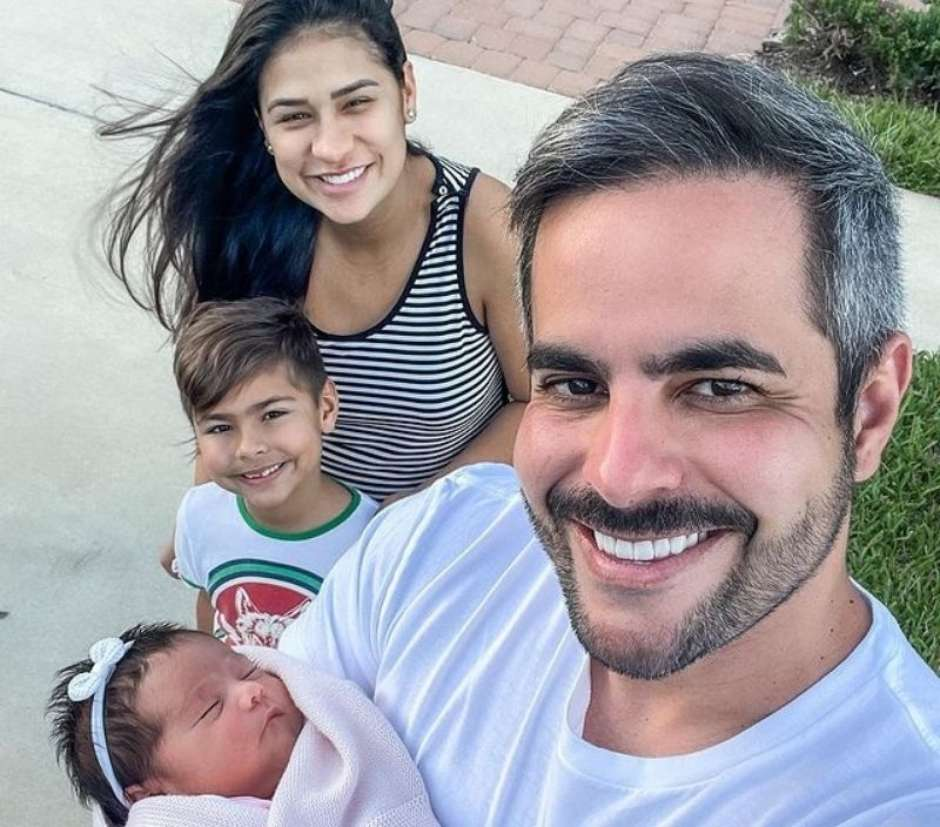 Além de Henry, a sertaneja Simone Mendes, da dupla Simone e Simaria, também é mãe de Zaya, que nasceu dia 22 de fevereiro de 2021. A caçula nasceu em Orlando, nos Estados Unidos. (Foto: Instagram)