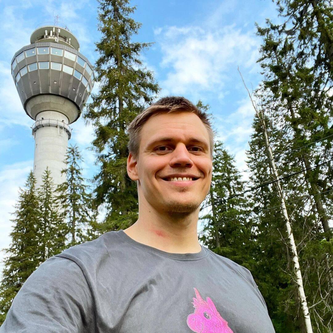 O nadador finlandês Ari-Pekka Liukkonen (Foto: Instagram)
