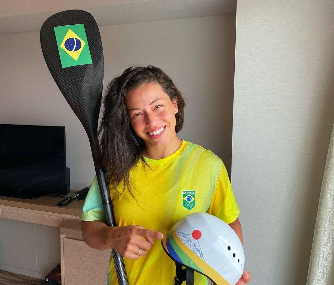 Ana Sátila é uma atleta da canoagem slalom brasileira medalhista Pan-Americana nas categorias K1 feminino e C1 feminino. (Foto: Instagram)