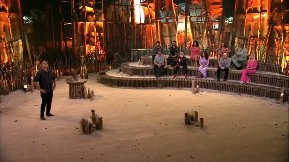 Os 16 participantes votaram em quem seria o terceiro lugar. (Foto: Globo)