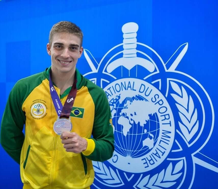 O paulista de Ribeirão Preto tem apenas 24 anos e duas semifinais no último campeonato mundial no currículo. (Foto: Instagram)