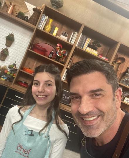 Edu Guedes estudou gastronomia em Bologna, ele abriu uma sorveteria em São Paulo e ainda apresenta o programa