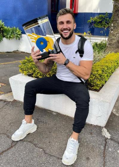 No Big Brother Brasil Arthur já havia comentado como foi a sua experiência como professor de educação física e instrutor de crossfit (Foto: Instagram)