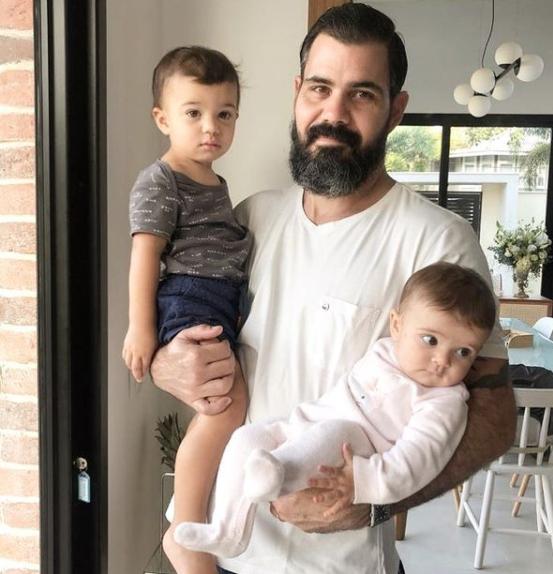 Juliano afirmou que também recebeu mensagens de ódio e ameaças de morte contra ele e seus filhos (Foto: Instagram)