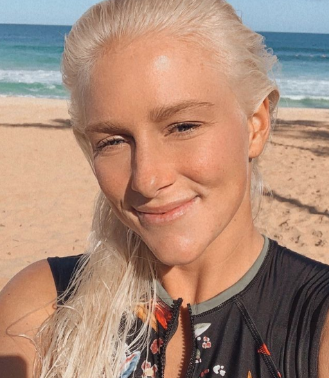 Tatiana Weston-Webb Desde a estreia no circuito mundial, em 2015, a surfista tem trilhado um caminho consistente. Em 2021, ela conquistou sua primeira vitória em uma etapa da elite do WSL, na Austrália e, atualmente, é a quarta colocada no ranking da categoria. (Foto: Instagram)