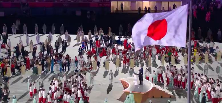Após o desfile as autoridades reforçaram que essas olimpiadas representa o combate da humanidade contra a covid-19. (Foto: TV Globo)