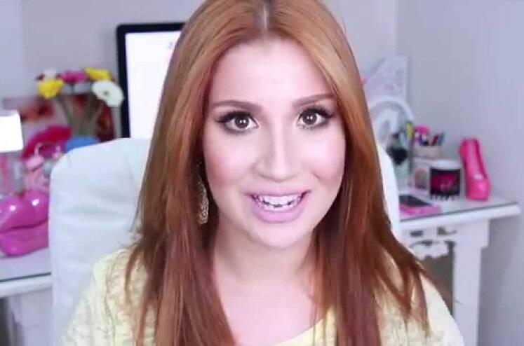 Bianca Andrade, a Boca Rosa, começou o seu canal em 2011. (Foto: YouTube)