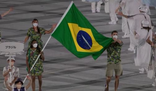 O Brasil foi o único país que decidiu manter o protocolo de segurança contra a covid-19 e entrou apenas com dois atletas. (Foto: TV Record)